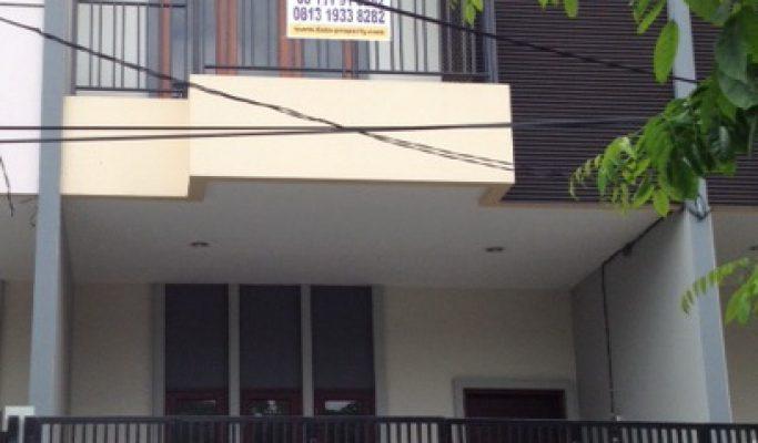 Dijual Rumah Baru di Taman Ratu